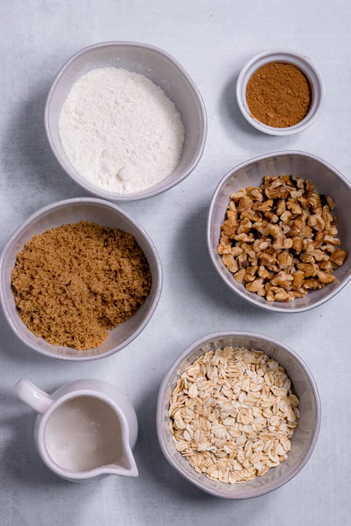 Ingredients for the vegan Streusel topping