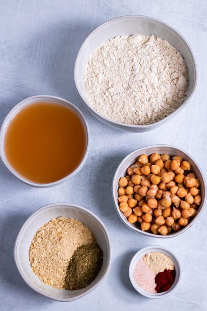 Ingredients for the schnitzel