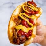 Vegan sausage in a bun